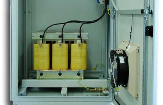 Rodzaje dławików stosowanych w układach kompensacji mocy biernej
